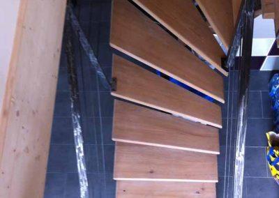 depierresetdebois-20-escalier-fer-bois-chataignier-maison ossature bois-ardeche