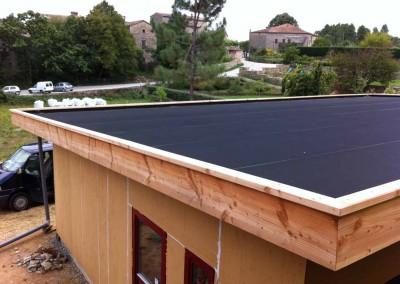 Maison ossature bois - paille - planche de rive - couvertine - Banne Ardèche