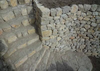 depierresetdebois-fuveau05-pierre-seche-escalier
