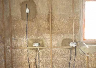 depierresetdebois-hameaudesbuis21-boitier-electrique-botte
