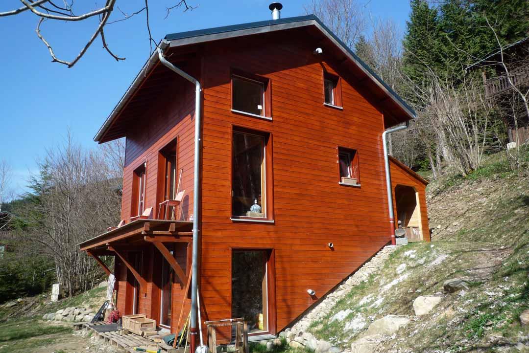 Good maison bois et pierre 3 depierresetdebois for Bardage maison ossature bois