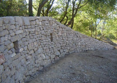 depierresetdebois-rians09-pierre-seche-calcaire-rampe