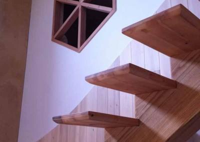 depierresetdebois-vans51-maison-escalier-finition