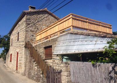 depierresetdebois-lablachere08-terrasse-maison-ardeche