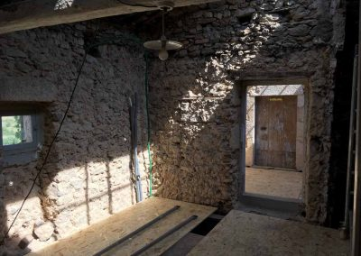 depierresetdebois-Ucel11-rge-renovation-restauration-charpente-plancher-ouverture
