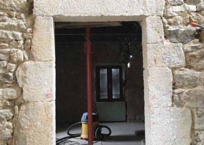 depierresetdebois-Ucel52-rge-renovation-restauration-charpente-plancher-ouverture