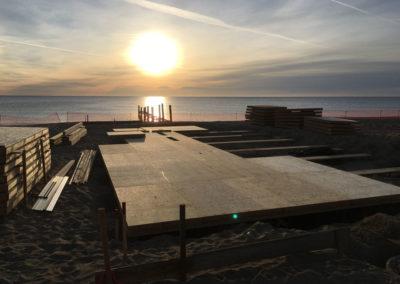 depierresetdebois-ramatuelle06-club55-plage-pampelonne-structure-bois-demontable-chataignier-conception-ecologique-plancher