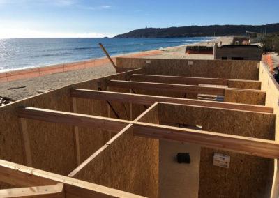 depierresetdebois-ramatuelle11-club55-plage-pampelonne-structure-bois-demontable-chataignier-conception-ecologique