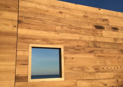 depierresetdebois-ramatuelle12-club55-plage-pampelonne-structure-bois-demontable-chataignier-conception-ecologique-assemblage-panneaux