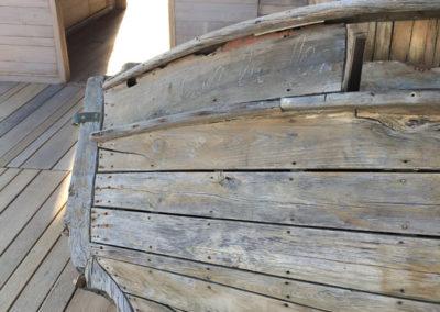 depierresetdebois-ramatuelle33-club55-plage-pampelonne-structure-bois-demontable-chataignier-conception-ecologique-bateau-bar